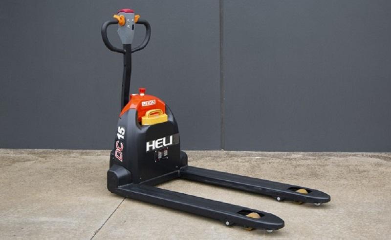 xe nâng tay điện Heli 1.5 tấn CBD15J-Li2
