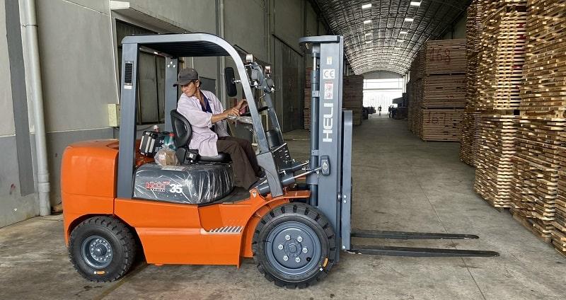 bảo dưỡng xe nâng heli 3 tấn h2000