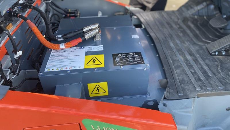 bình điện lithium xe nâng điện heli 2 tấn
