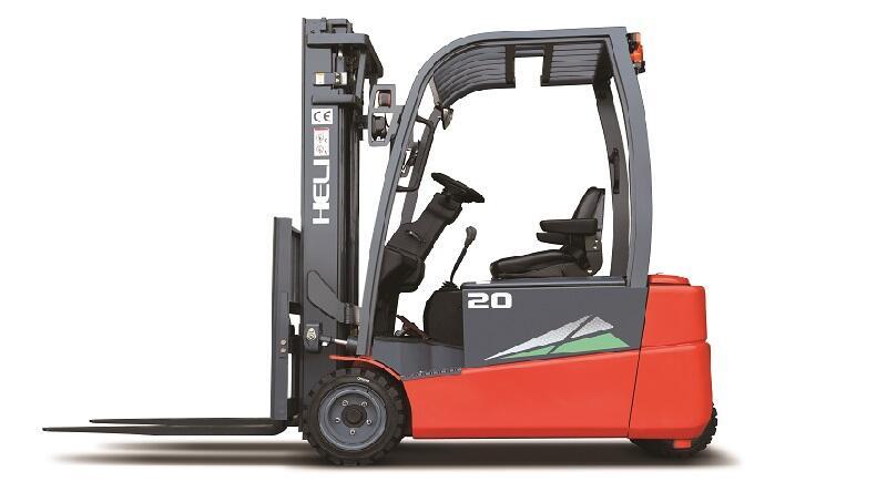 xe nâng điện ngồi lái 3 bánh 2 tấn