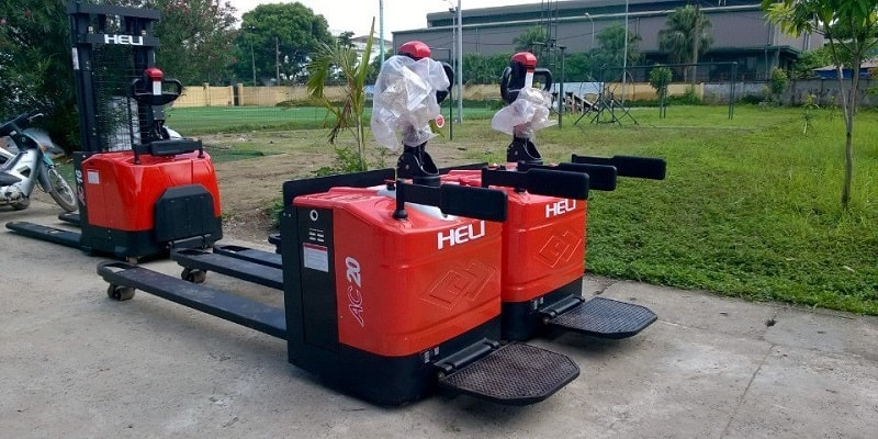 xe nâng tay điện 2 tấn cbd20-460