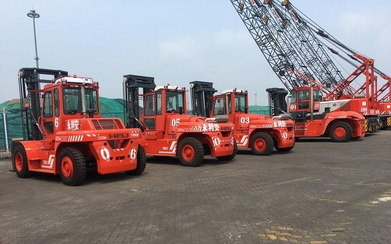 xe nâng tại cảng Vũng Tàu