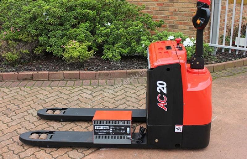 giá xe nâng tay điện Heli CBD20-150