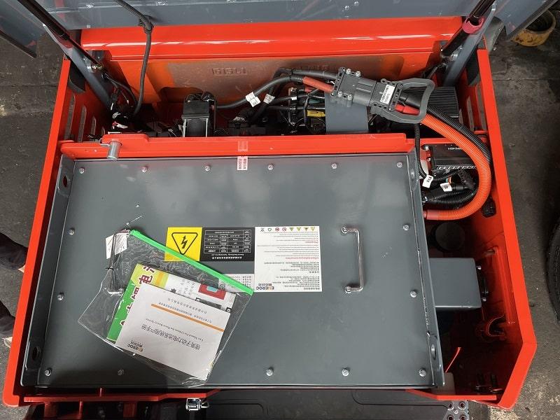 bình ắc quy lithium xe nâng điện Heli