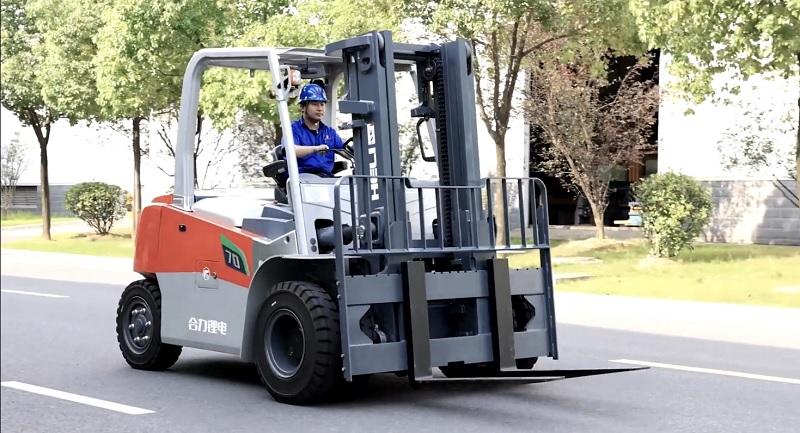 xe nâng điện 7 tấn Heli CPD70