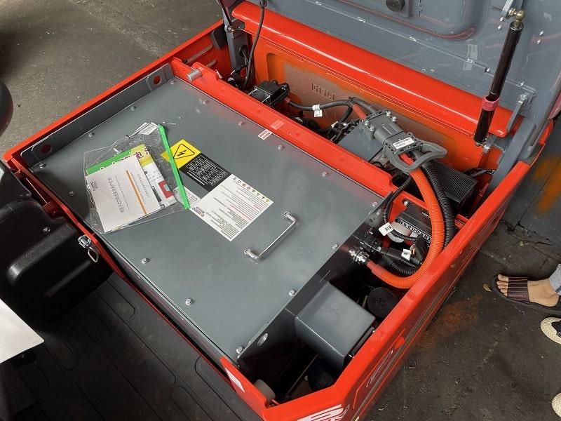 bình điện lithium xe nâng điện đứng lái Heli
