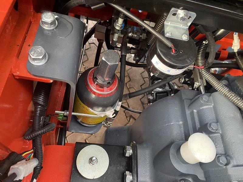 phanh thủy lực trợ lực khí nén xe nâng Heli
