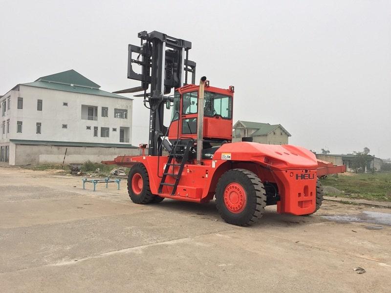 bán xe nâng 25 tấn tại Hà Tĩnh