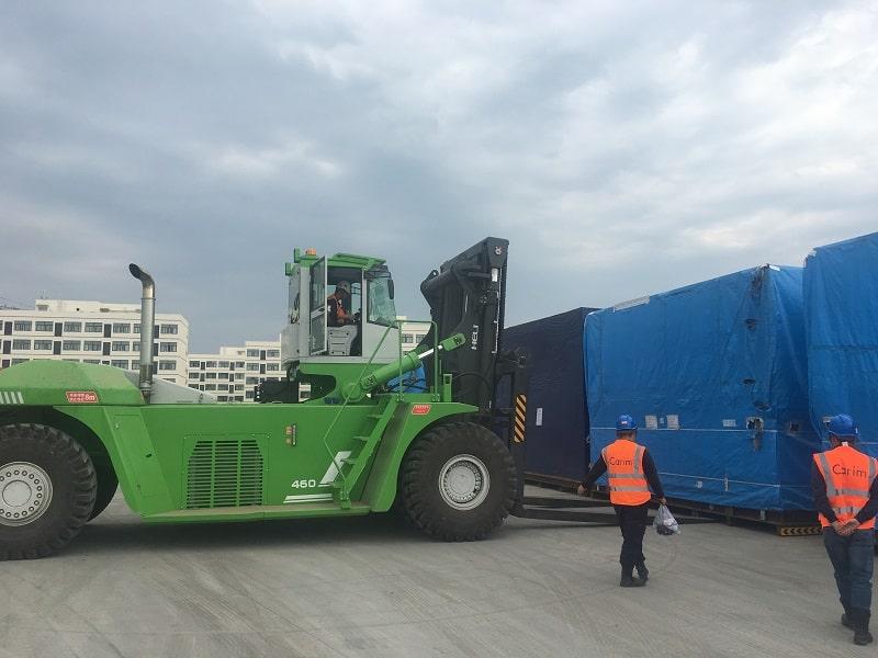 Xe nâng 30 tấn tại Hải Phòng