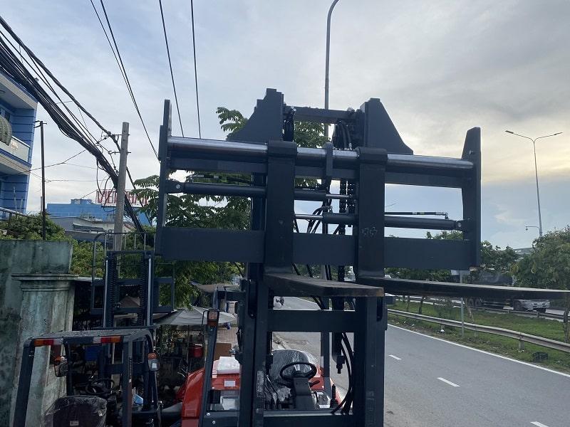 dịch càng thủy lực xe nâng 7 tấn