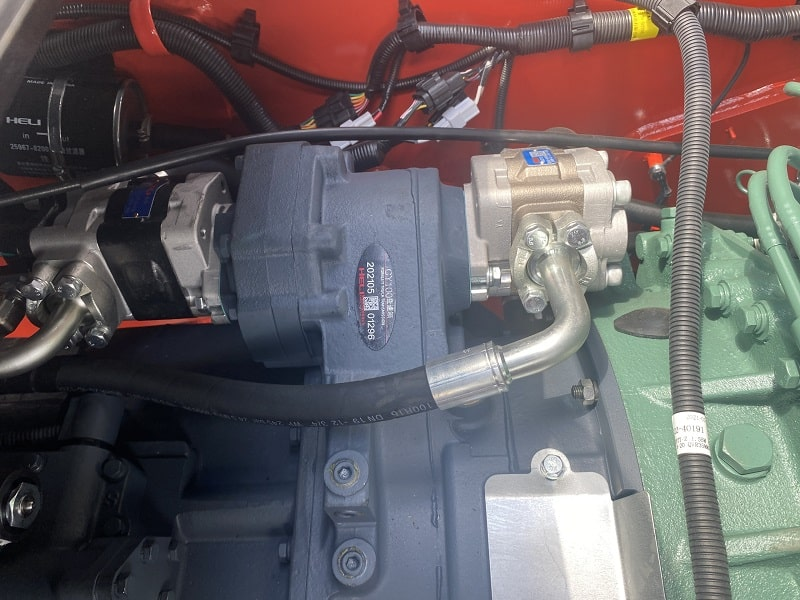 bơm thủy lực xe nâng Heli 8 tấn